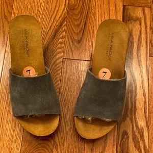 Mila Paoli Blue Suede Wedge Sandal 7